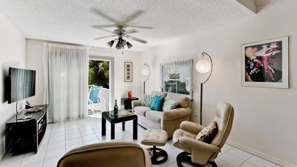 living room of holmes beach rental