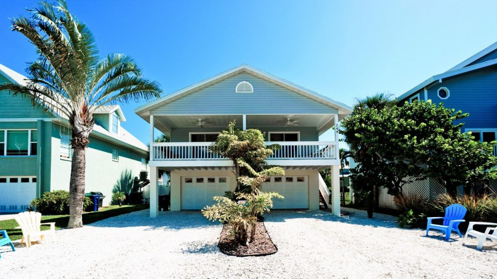 outside view of City of Anna Maria rental